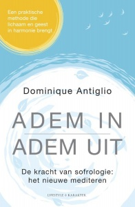 Dominique Antiglio adem in, adem uit